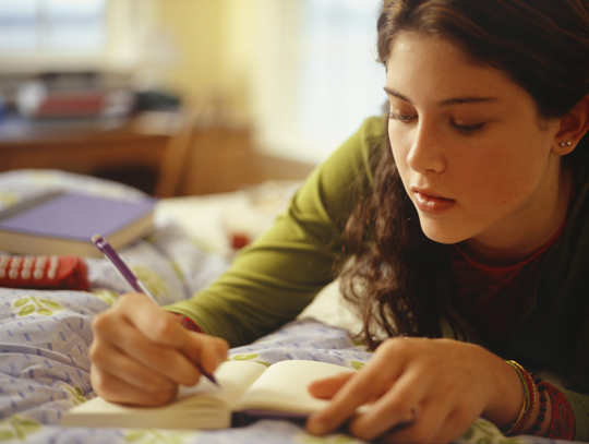 creative writing scholarships for middle school students